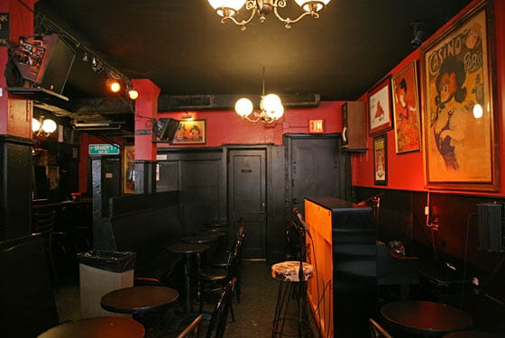 New York: Brandy's Piano Bar